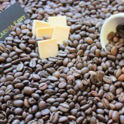 Kawa o smaku białej czekolady