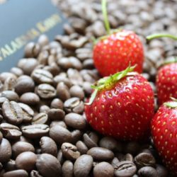 Kawa o smaku truskawkowym
