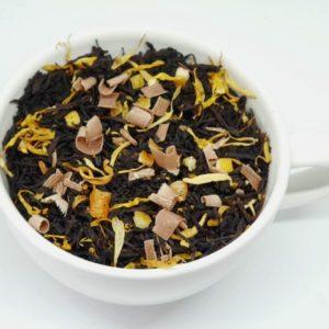 Herbata z kawałkami czekolady z dodatkiem pomarańczy