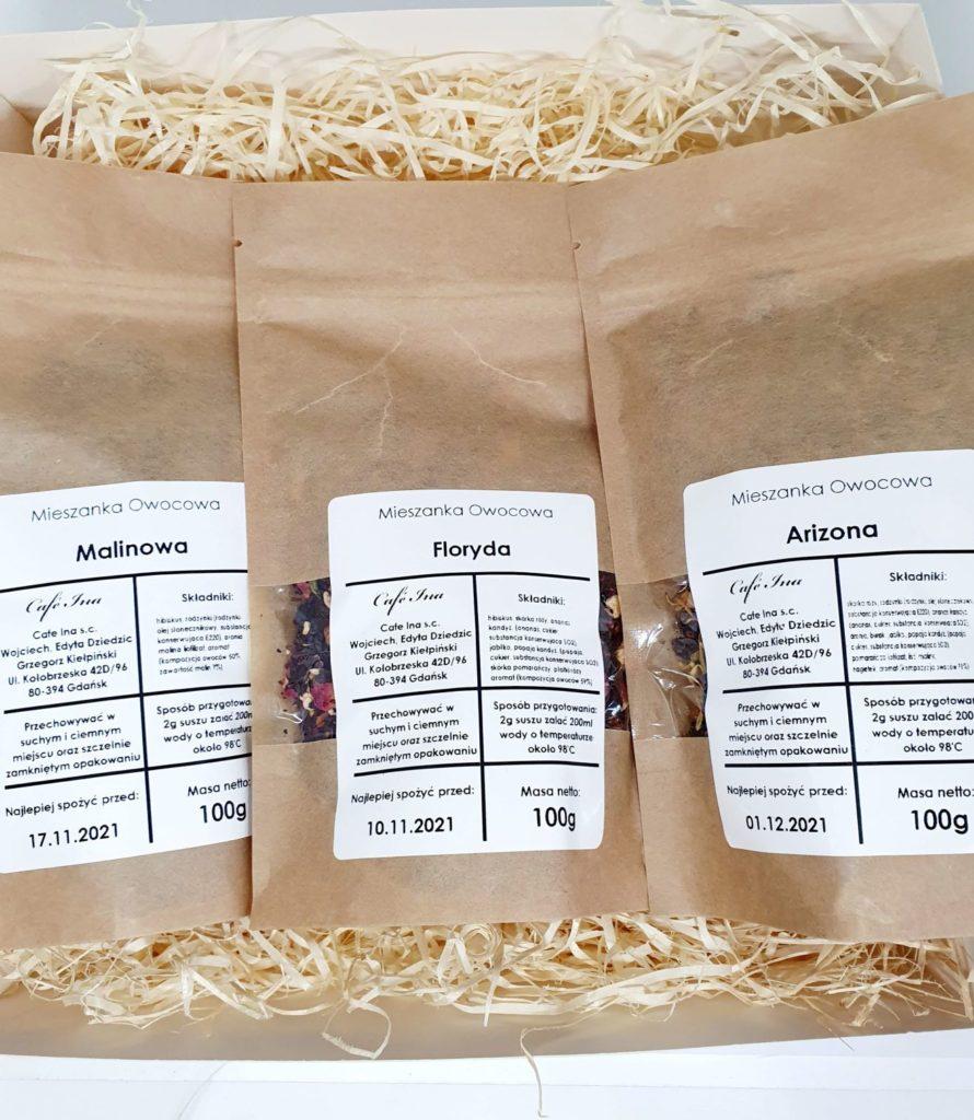 Zestaw Herbat Owocowych z zaparzaczem w ozdobnym pudełku